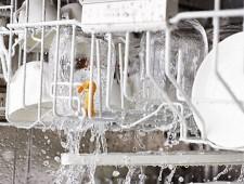 Oplachování čistou vodou, spotřeba od 6,5 l vody
